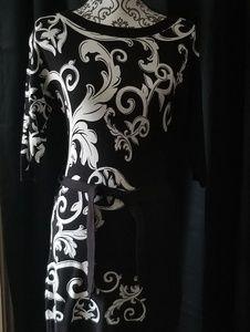 WHITE HOUSE BLACK MARKET BODYCON DRESS